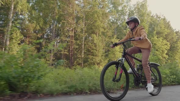 Junge Radsport im Freien