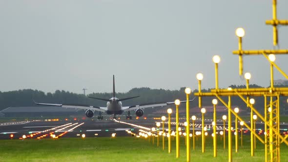 Airplane Landing at Runway 18R
