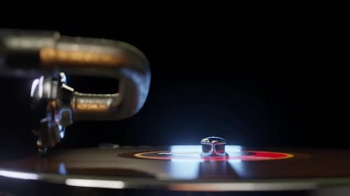 Vinyl Disc Spining on a Gramophone