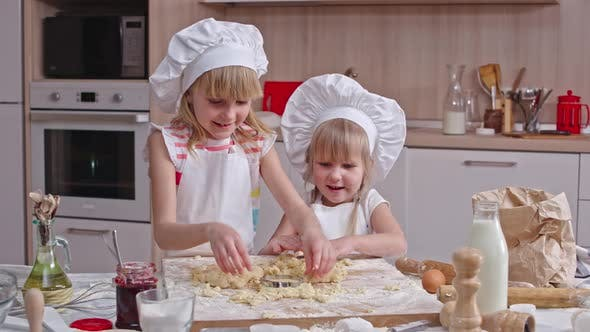 Cover Image for Lovely Cookie Makers