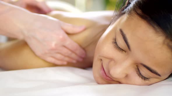 Thumbnail for Middle Eastern Woman Having Shoulders Massage
