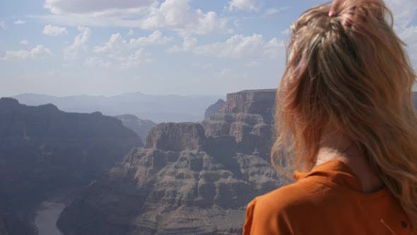 Cover Image for Girl In Grand Canyon