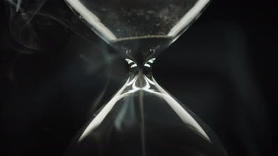 End of time cycle in hourglass