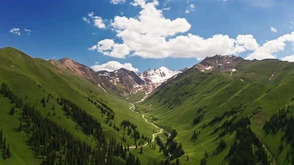 Mountains scenery of Nalati grassland