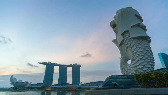 Cover Image for Merlion In Singapore City At Morning