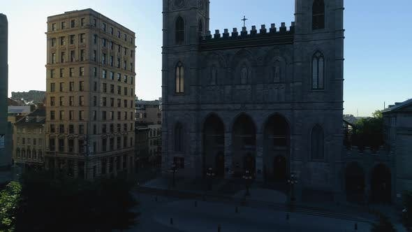 Thumbnail for Aerial of Notre-Dame Basilica in Place d'Armes, Montreal
