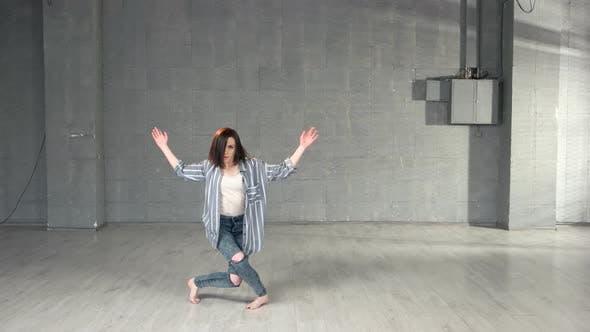 Pretty Girl Dancing Contemporary Dance