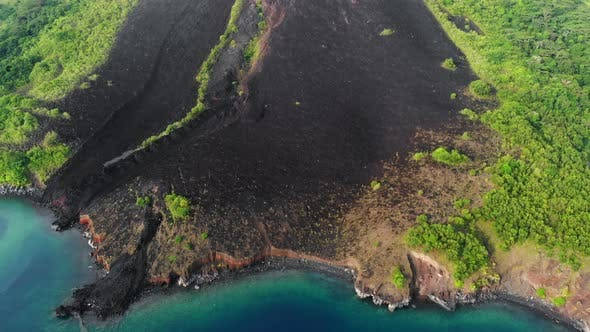 Cover Image for Aerial: flying over active volcano lava flows Gunung Api, Banda Islands, Maluku, Indonesia