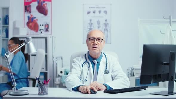 Thumbnail for Senior Medic Online Consultation