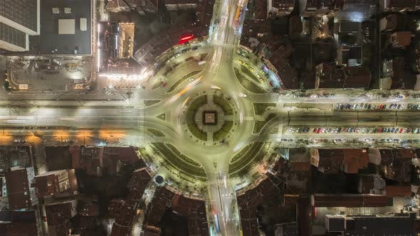 Cover Image for Roundabout Traffic From Above