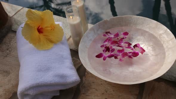Spa accessories poolside