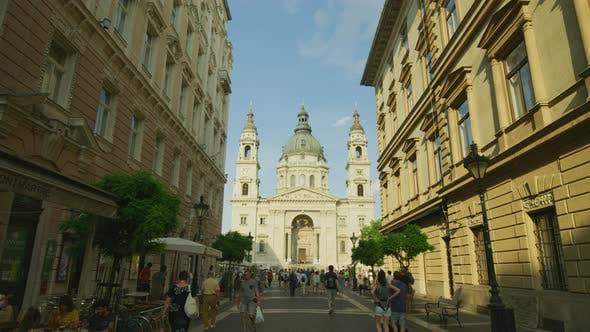 Thumbnail for Szent Istvan Bazilika seen from Zrinyi street