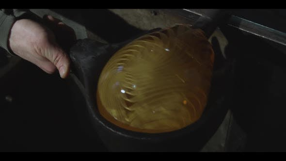 Thumbnail for Glass blowing 056