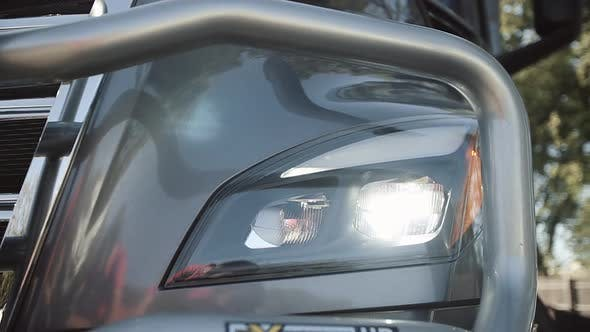 Cover Image for Headlamps of Truck