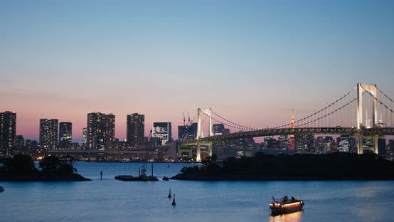 Thumbnail for Tokyo Odaiba skyline in the evening