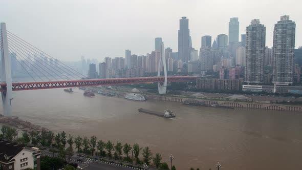 Thumbnail for Chongqing City River avec des ponts aériens Chine