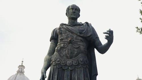 Video Of A Statue Of Julius Caesar