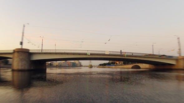Thumbnail for Morgen auf der Stadt Fluss Timelapse