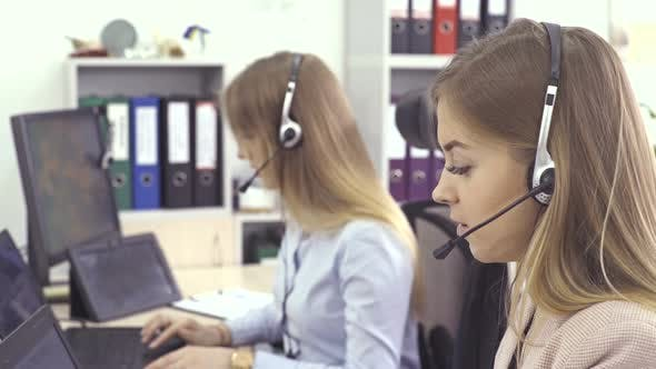 Thumbnail for Operators of Support Customer Service - Call Center, Online Software with Technology Voice Over IP