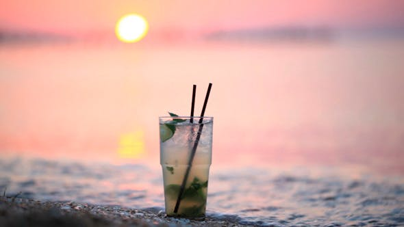 Mojito Cocktail an der Küste