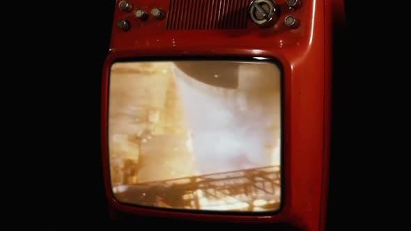 Apollo 11 Launch (Original NASA Video) on an Old TV.