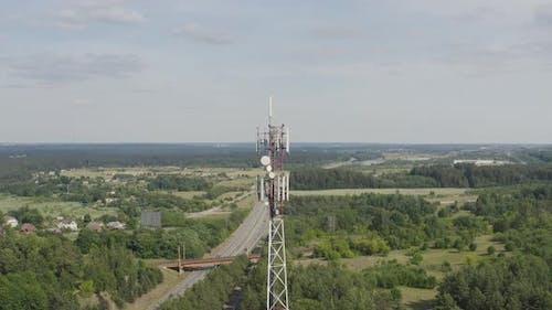 5G Cellular Network Transmitting Antenna