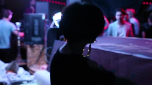 Cover Image for Girl Dancing in a Nightclub