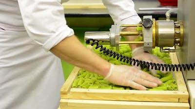 Production of Pasta - Machine Produce Pasta