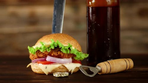 The Burger with a Bottle of Beer Rotates.
