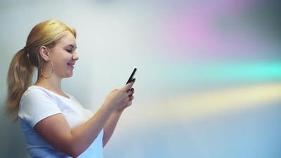 Social Network Media Communication Woman Phone