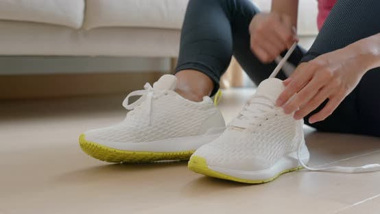 Thumbnail for Woman wearing sport prepare for run