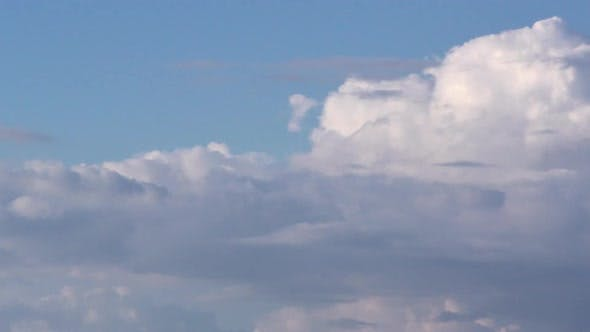 Thumbnail for Time Lapse Clouds, Rolling Puffy Cloud Are Moving
