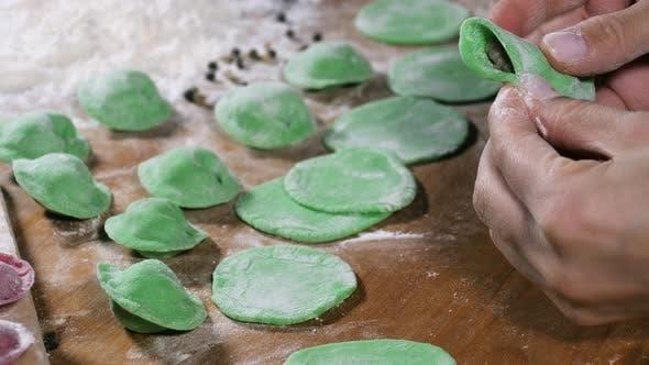Thumbnail for Making green dumlplings