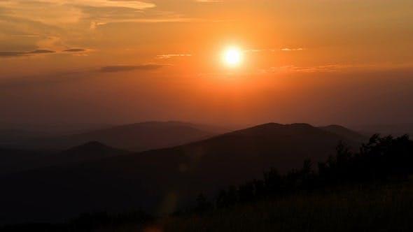 Cover Image for Beautiful Orange Sunrise over Nature