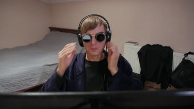 Gamer In Sun Glasses