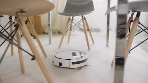 Robot Vacuum Cleaner Working