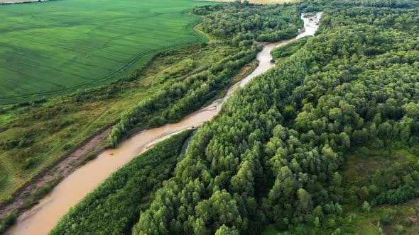 Cover Image for Aerial Drone Flight Through Majestic River Dnister