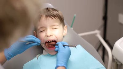 The child is afraid of the dentist