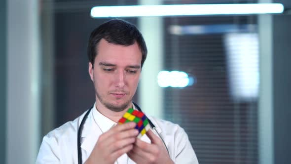 Cover Image for Rubik's Cube At The Doctor