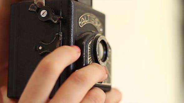 Thumbnail for Shoot Photos on Old Camera