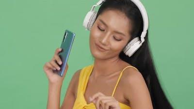 Enjoy listen music