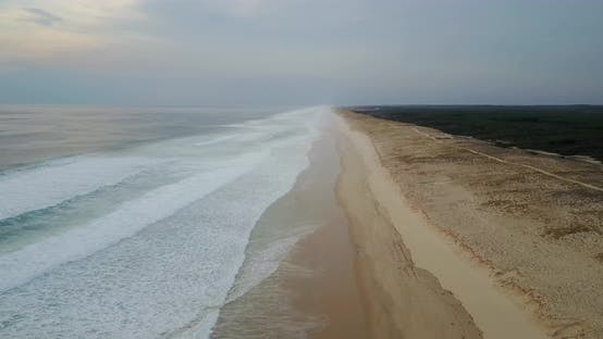 Cover Image for Aerial shot over Mimizan beach