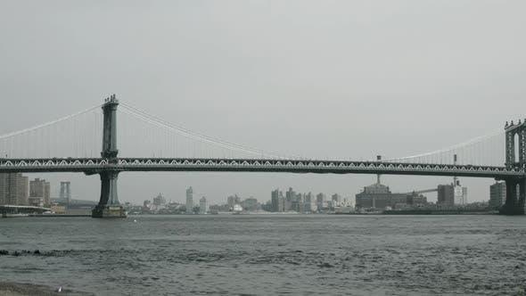 manhattan bridge in new york