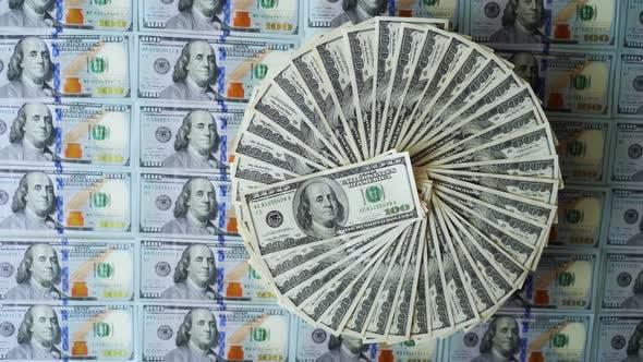 Thumbnail for Hundred dollar bills on circle