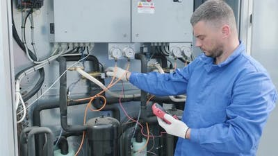 Resistance test of temperature sensors in the cooling supply section