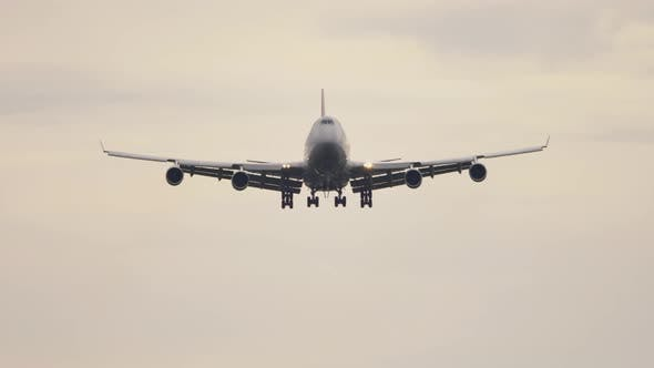Cover Image for Final Approach at Early Morning