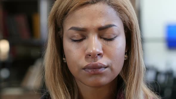 Cover Image for Close Up of Upset Sad Young Black Woman