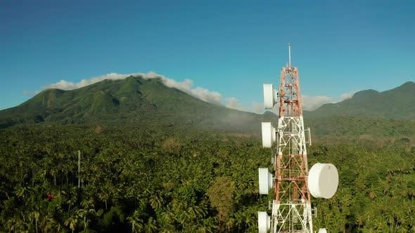 Telecommunication Tower Communication Antenna in Asia
