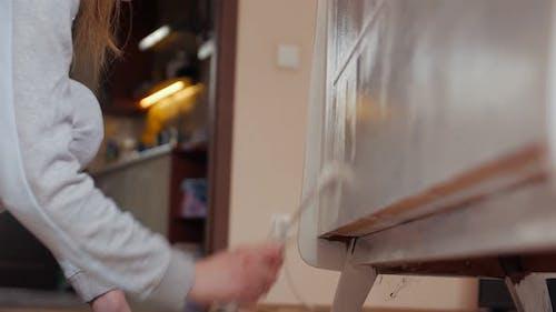 Woman Paint Cabinet Furniture