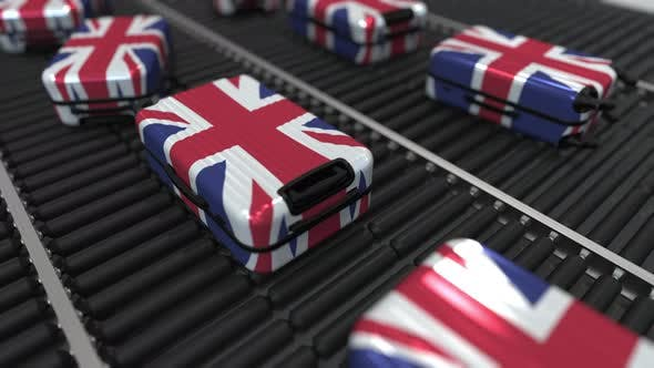 Cover Image for Suitcases Featuring Flag of the United Kingdom Move on Conveyor